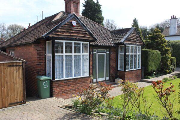 5 Crawshaw Gardens, Pudsey Leeds, LS28 7BU